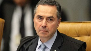 naom 59399553a6408 300x169 - Adiamento da eleição demonstra 'diálogo institucional', diz Barroso