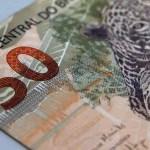 real moeda 50 reais020120a84t47165203 - Começa a valer desconto para pagamento de dívida tributária
