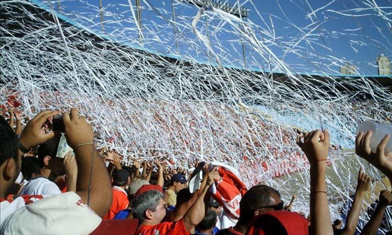 torcida do vila nova e uma das maiores do estado de goias - Clubes da Série C pedem novo socorro financeiro à CBF