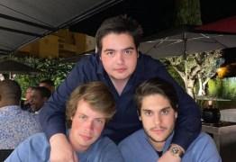 Aos 16 anos, filho de Faustão ostenta relógio de R$ 230 mil em foto com amigos