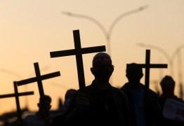 Brasil supera EUA em mortes de covid-19 por 100 mil habitantes