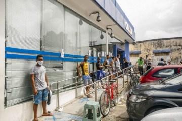 ARB 3173 30042020 Foto Andrea Rego Barros scaled e1597408259814 - AJUDA DE R$ 600: Maioria usa auxílio emergencial para comprar comida, diz Datafolha