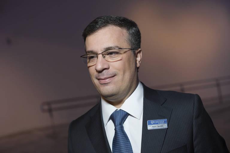 Vice-presidente do Banco do Brasil passa mal em reunião e morre aos 50 anos