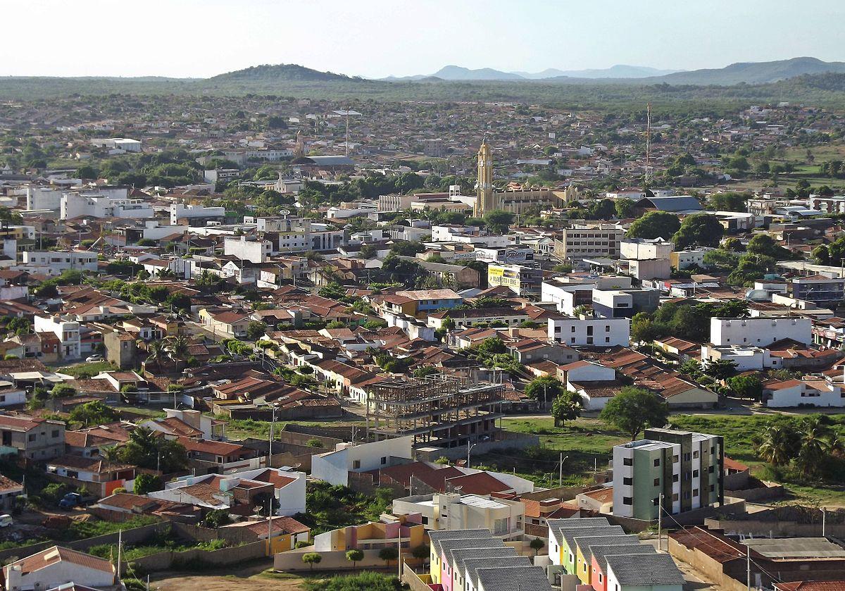 Cajazeiras Paraíba Brasil - Em novo decreto, Cajazeiras determina toque de recolher e limita funcionamento de bares - VEJA MEDIDAS