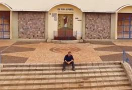 Cantor Francis Lopes lança clipe com mensagem de reflexão e conforto na pandemia – ASSISTA