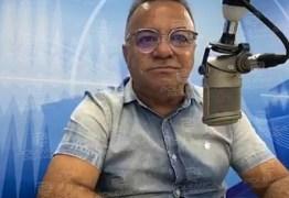 O PREFEITO DEU UMA FACADA GERAL: É uma esculhambação a relação de funcionários indicados por políticos para cargos de confiança- Por Gutemberg Cardoso