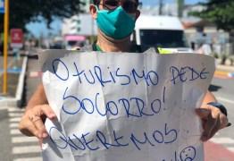Profissionais da área do turismo protestam em João Pessoa; VEJA VÍDEO