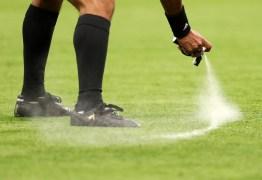 """Defesa do inventor do spray recorre contra decisão a favor da Fifa e promete """"reverter cenário"""""""