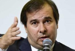 Maia sobre pedidos de impeachment: 'Não vejo crime do presidente'