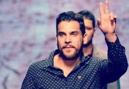 AMBOS COM COVID: Pai do sertanejo Cauan é internado na UTI; cantor segue em estado grave