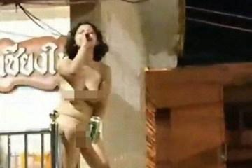 Turista embriagada fica nua em templo budista e é presa