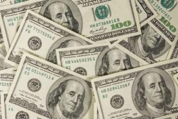111156812 dolargettyimages 1136006361 - Dólar tem alta pelo terceiro dia seguido