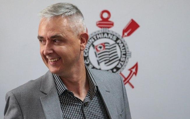 70lvk77v01miskd86mo4399oi - Tiago Nunes é demitido e não é mais técnico do Corinthians