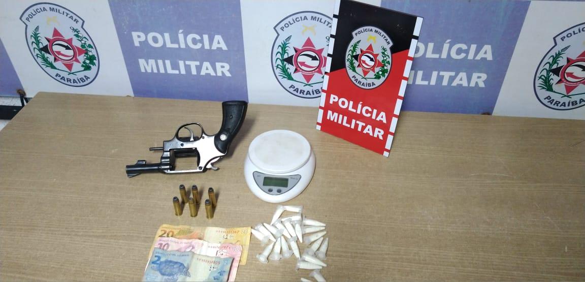 8eb878d9 155d 48c4 9bc5 72b2a12206c5 - Polícia Militar prende homem por porte ilegal de arma de fogo e tráfico de drogas, no Bairro das Indústrias, João Pessoa