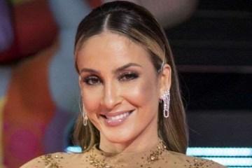 """BB10DyD8 - Após críticas, Boninho explica por que Claudia Leitte saiu do """"The Voice Kids"""""""