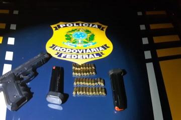 WhatsApp Image 2020 09 24 at 10.56.14 - Homem é preso pela PRF com pistola no sertão paraibano