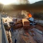 acidente - ACIDENTE GRAVE: Carreta atinge 5 veículos, deixa 2 mortos e fere 8 na BR-381