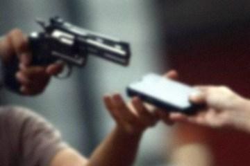 assalto - DURANTE AULA REMOTA: Estudante tem casa arrombada e professor aciona Polícia
