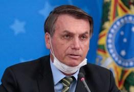 'Ficar em casa é para fracos' diz Bolsonaro em discurso