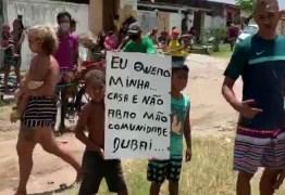 PM retira moradores de área de preservação ambiental no bairro de Mangabeira, em João Pessoa
