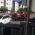 poste cai sobre trabalhadores em joao pessoa e grupo tenta resgatar vitimas - Poste cai sobre trabalhadores em João Pessoa e grupo tenta resgatar vítimas -VEJA VÍDEO