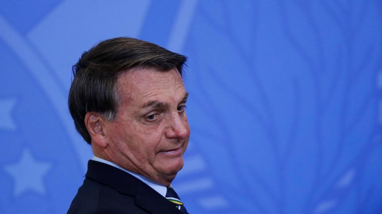 "presidente jair bolsonaro no palacio do planalto 1592510597170 v2 1920x1080 - ""Eu prefiro papel"", responde Bolsonaro sobre voto online"