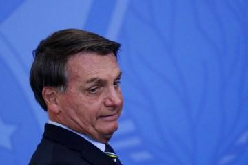 presidente jair bolsonaro no palacio do planalto 1592510597170 v2 1920x1080 - Uso de dinheiro vivo sustentou campanhas eleitorais da família Bolsonaro