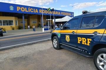 prf pb - PRF na Paraíba apreende arma de fogo com motociclista que fugiu, atropelou policial e colidiu com viatura