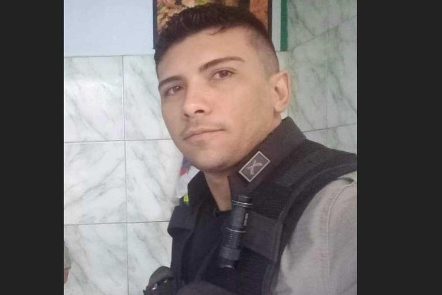 tulio godoy - Suspeito de envolvimento no assassinato do soldado da PM, Túlio Godoy, presta depoimento na Central de Polícia
