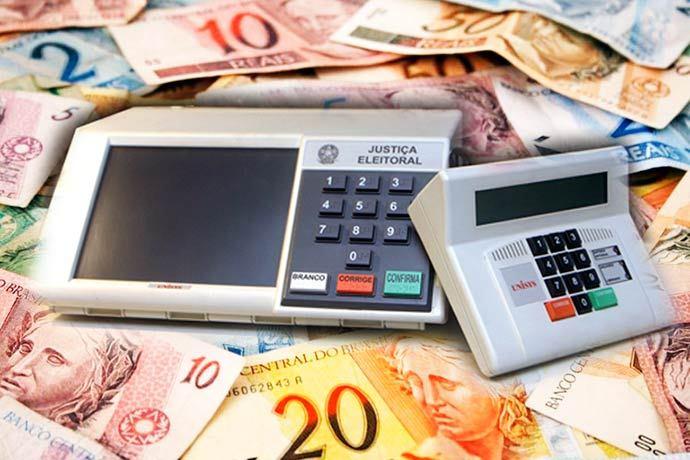 urna dinheiro - Dois em cada cinco candidatos declaram não ter nenhum bem nestas eleições; 2% são milionários