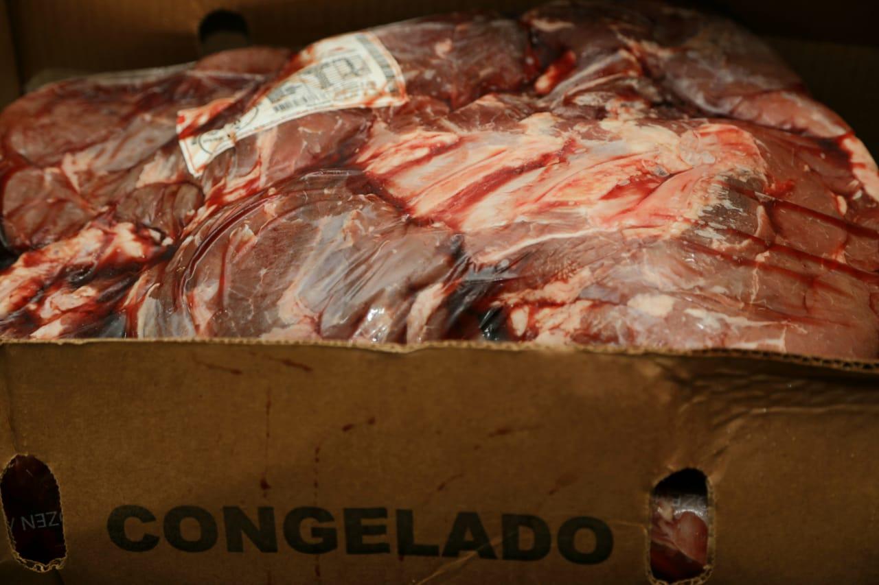 4 - Polícia Civil recupera em Bayeux carga de carne bovina avaliada em R$ 460 mil que foi roubada de Pernambuco