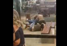 Vídeo de briga em shopping viraliza nas redes sociais