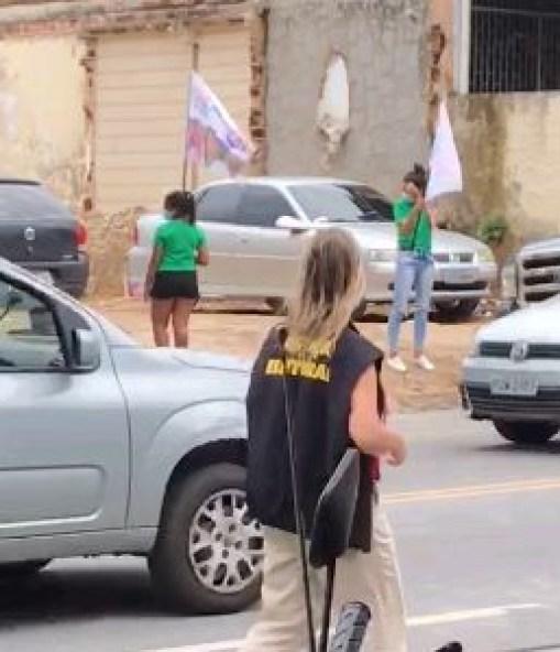 Capturar 26 - Justiça Eleitoral encontra irregularidades durante panfletagem da candidata Edilma; VEJA VÍDEO