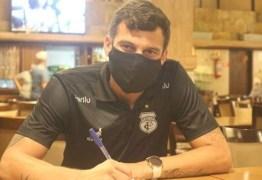 Treze acerta a contratação do atacante Neto Baiano, de 38 anos