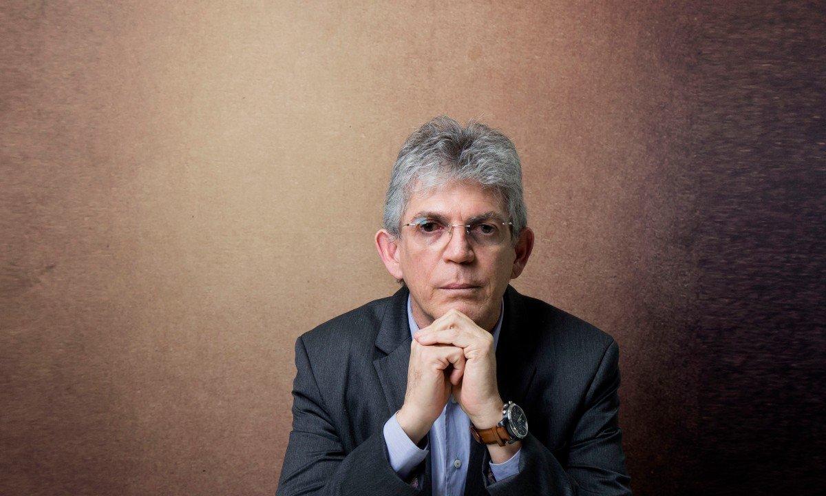 Ricardo Coutinho 1 - Justiça eleitoral determina que Ricardo Coutinho exclua propaganda com acusações de que Gaeco teria manipulado áudios de delações da Operação Calvário