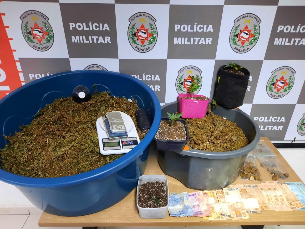 WhatsApp Image 2020 09 30 at 22.42.31 - Homem é preso e polícia encontra laboratório de drogas em seu apartamento