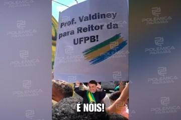 Durante passagem de Bolsonaro por Campina Grande, grupo pede nomeação do terceiro colocado na disputa para reitoria da UFPB