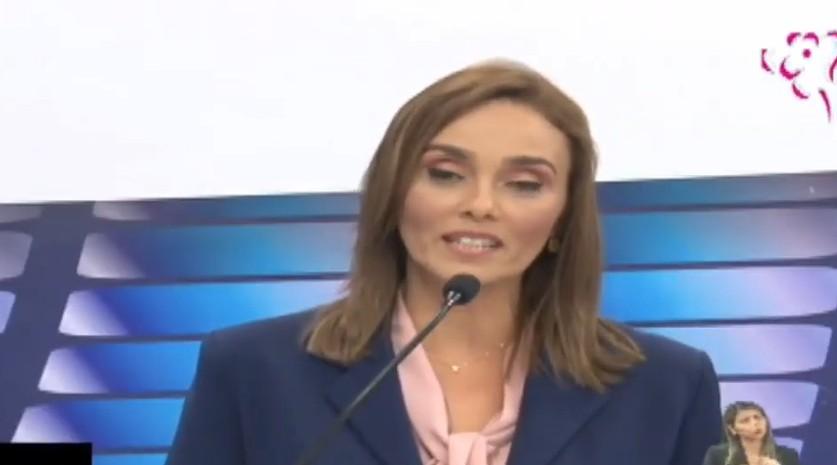 ana - DEBATE MASTER: Ana Cláudia diz que está sendo vítima de ataques durante debate e cutuca Artur Bolinha