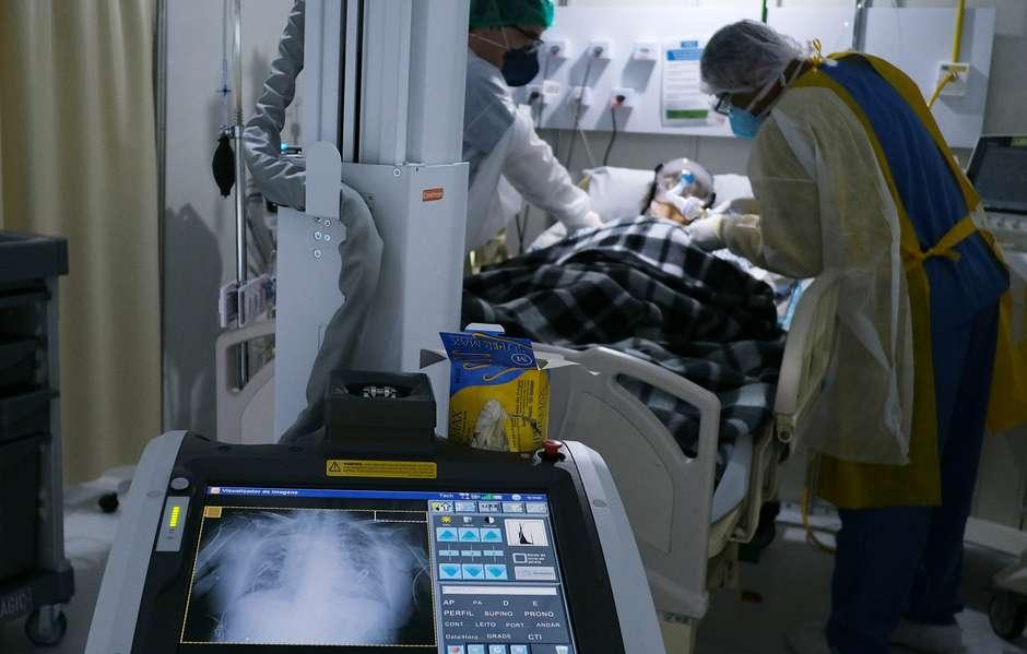 covid - Brasil ultrapassa marca de 5 milhões de casos de covid-19