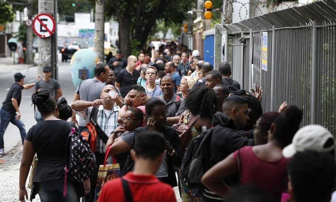 desemprego - Taxa de desemprego volta a superar 14% na segunda semana de setembro