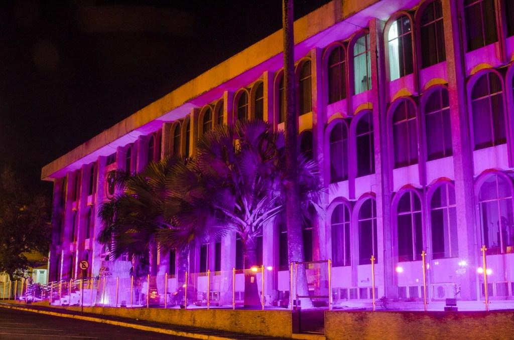 e37f16fc 0a79 4a1e bc96 74f67c5cd353 1024x678 - Outubro Rosa: Assembleia Legislativa abraça campanha de prevenção ao câncer de mama
