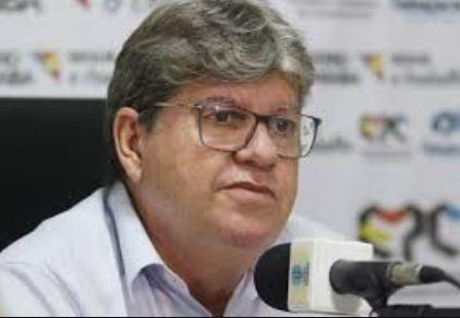 """joao - """"QUE PAÍS É ESSE?"""": João Azevedo fica perplexo após veto de Bolsonaro à vacina contra Covid-19"""