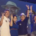jureia - Galego Souza e Jureia comemoram êxito de 1º comício digital com militância em São Bento