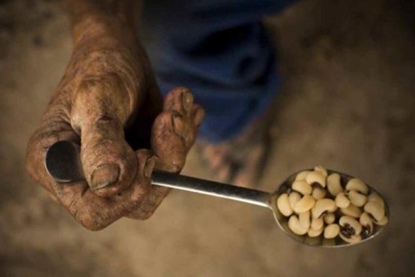 miseria 2 colher feijao - No Dia Mundial da Alimentação, mais de 270 mil passam fome na Paraíba