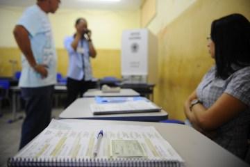 ELEIÇÕES 2020: Mesária é presa por induzir voto de eleitores