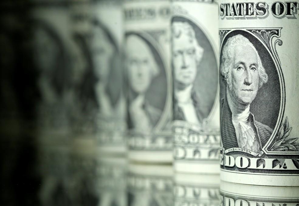 2017 06 13t151911z 1152686264 rc12b06fa870 rtrmadp 3 global markets - Dólar cai abaixo de R$ 5,60 com perspectiva de vitória de Biden