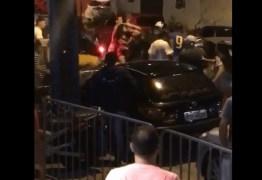 Briga generalizada em um bar na orla de JP viraliza nas redes sociais – VEJA VÍDEO
