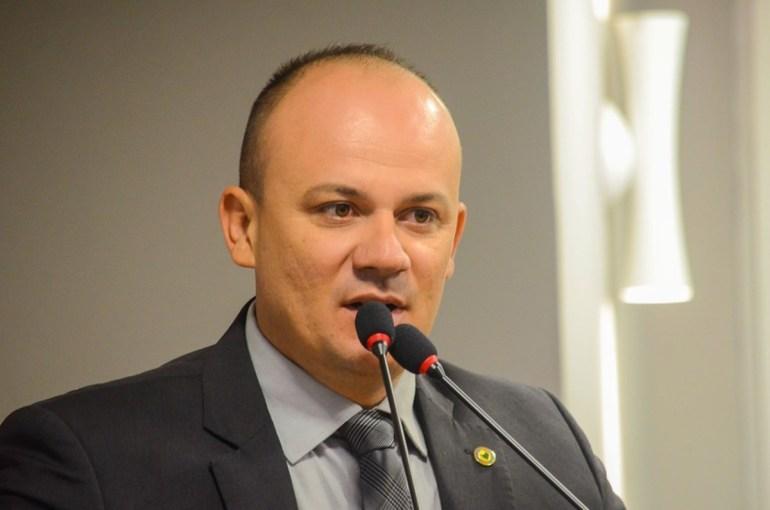 """Cabo Gilberto - Deputado diz que Paraíba terá recorde de assinaturas do """"Aliança"""""""