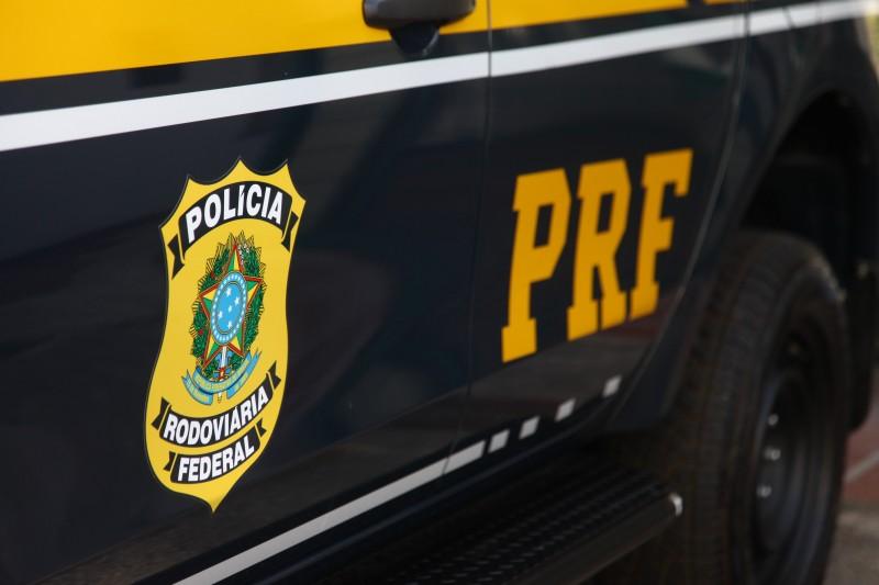 PRFF 1 - EM PATOS: Homem é preso pela PRF no sertão paraibano por transporte ilegal de eleitores