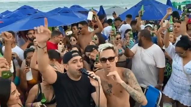 Sem titulo - A SEGUNDA ONDA A CAMINHO: bar promove show de forró com aglomeração e pessoas sem máscaras, em praia de JP - VEJA VÍDEO